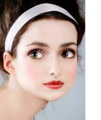 woman wearing beautiful circle contact lenses