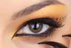 cat eye makeup up close