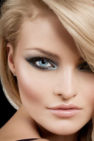 woman wearing beautiful eye makeup